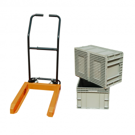 Lift trucks for Straight Wall Movable Containers Including Two Plastic Boxes